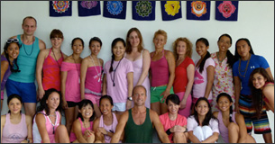 picture of people finishing yoga teacher training with clayton horton 2011 philippines